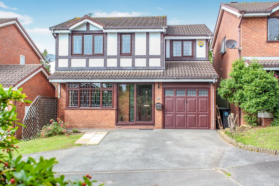 Hever Close, Dudley, DY1