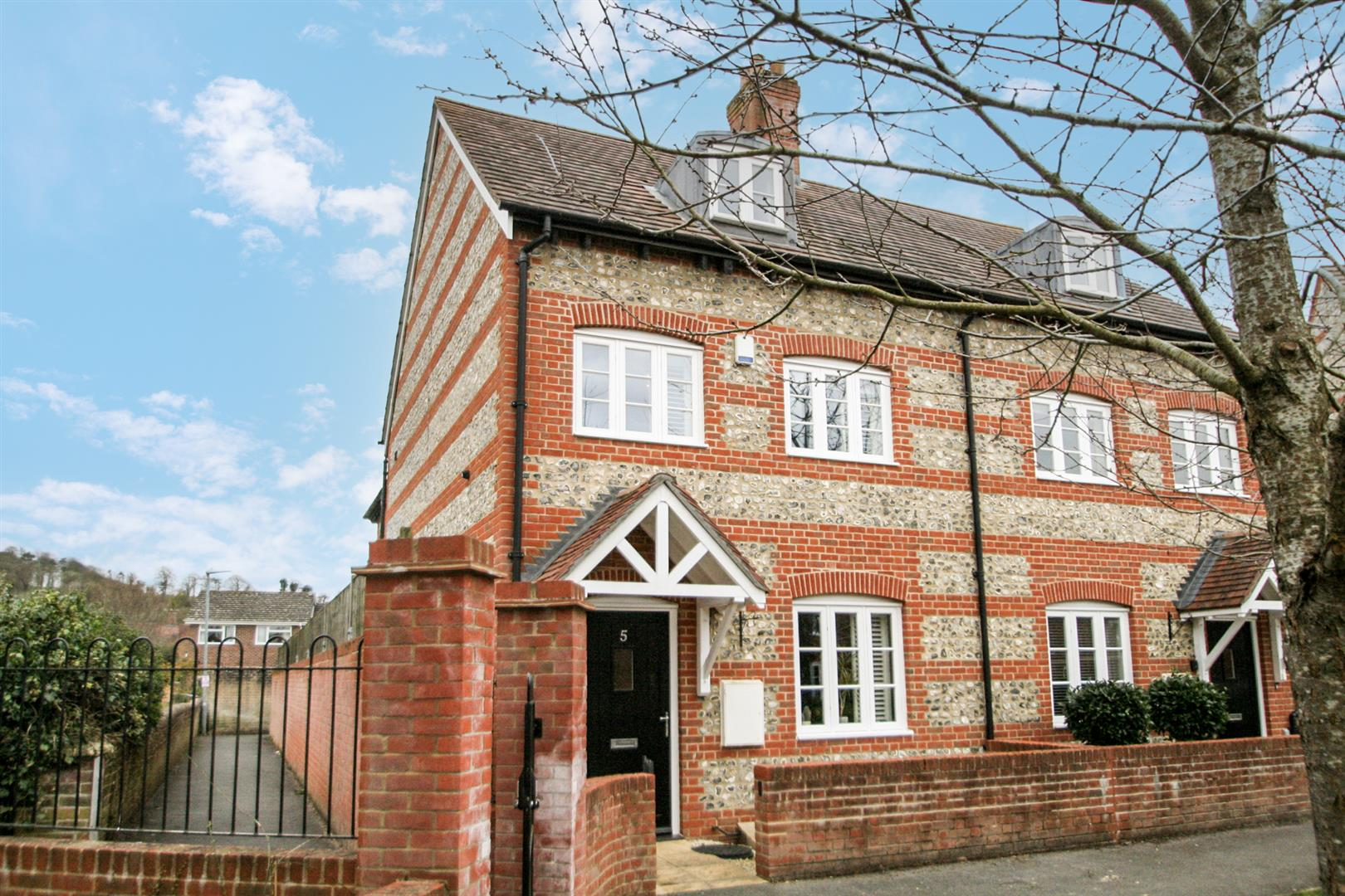 Buttercup Close, Harnham, Salisbury