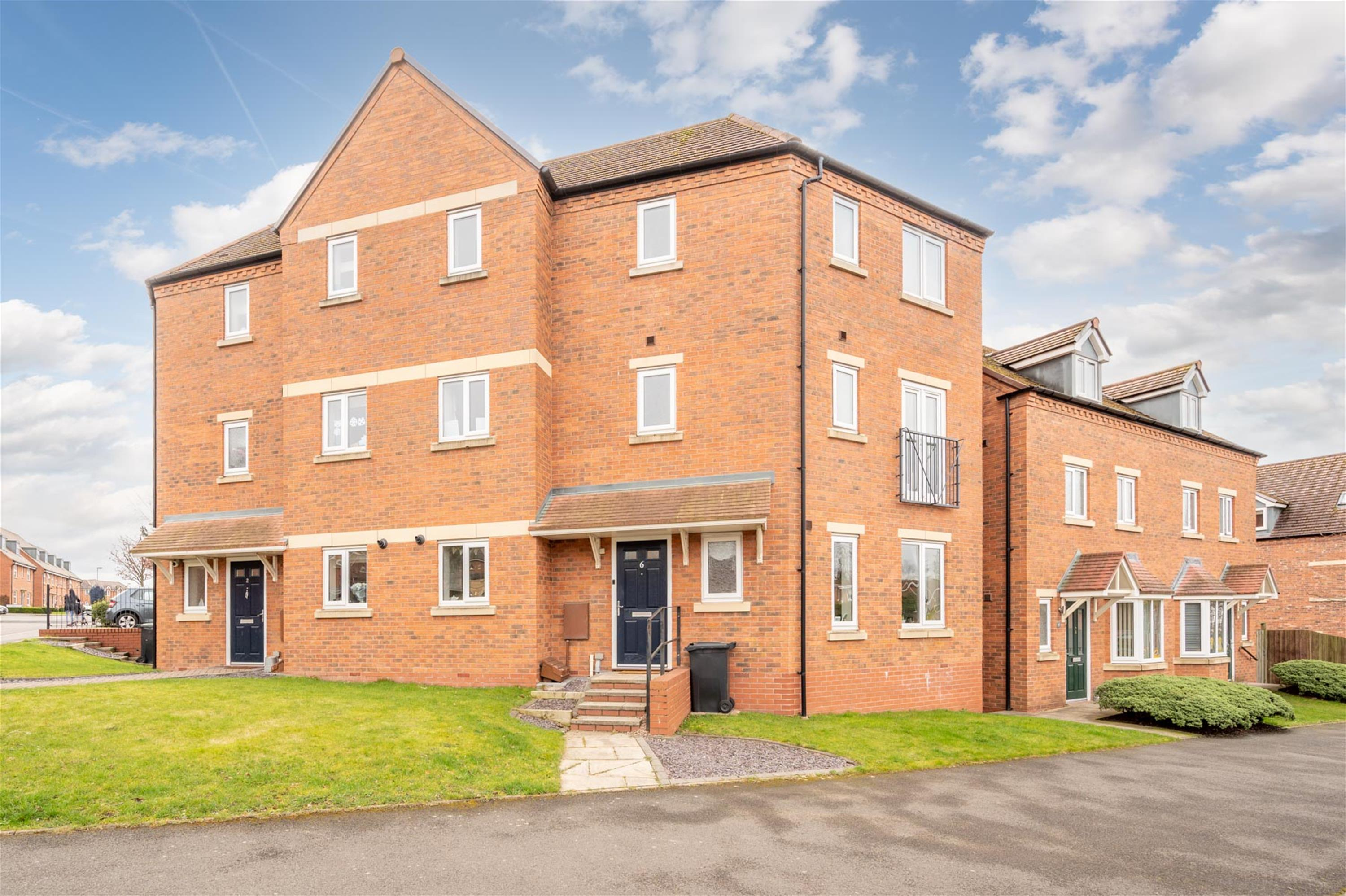 Auckland Road, Wordsley, DY8 5BF