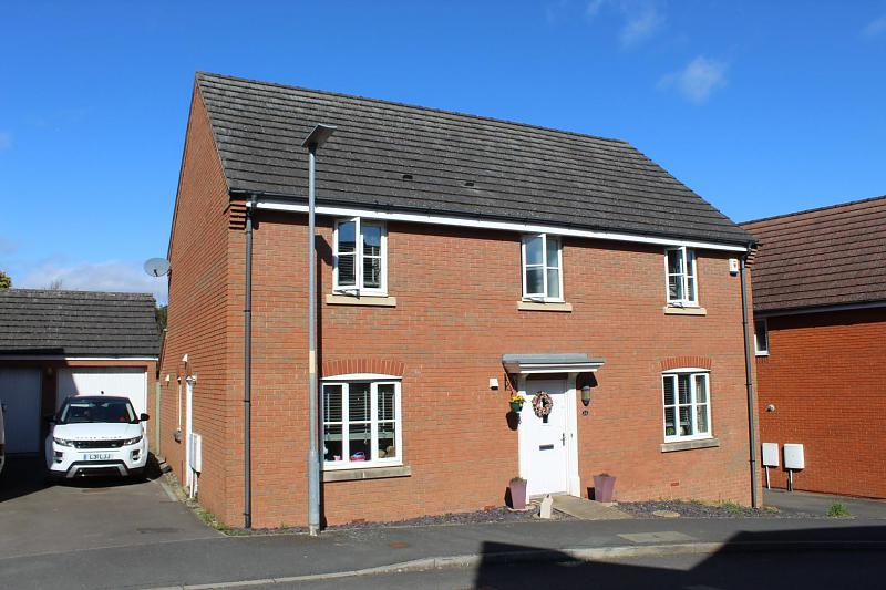 32 Thoresby Drive, The Dairy, Hereford, HR2 7RF