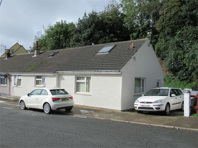1 Y Gorlan, Main Street, Goodwick, Pembrokeshire