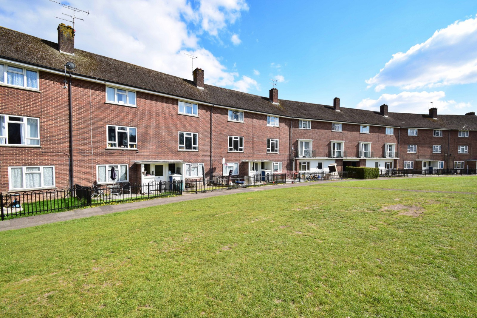 17 Trussell Crescent, Winchester SO22 6DY