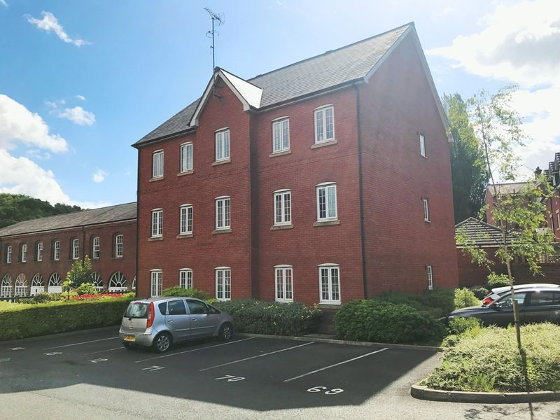 Let Now Agreed - Mill Court Drive, Stoneclough,  Radcliffe