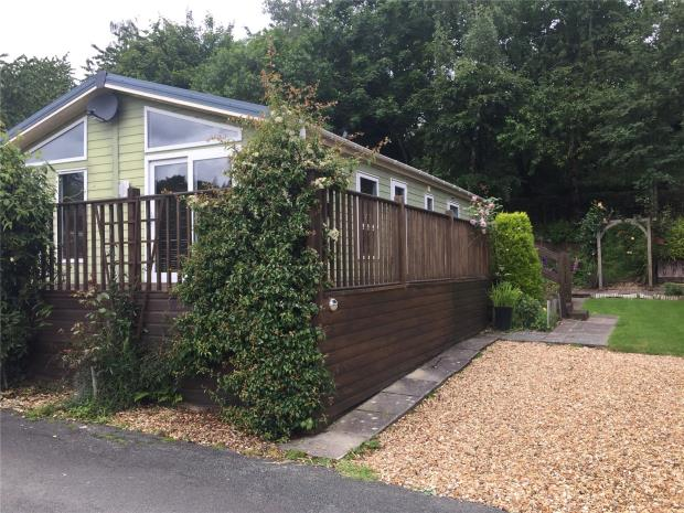 10 Oak Valley View, Valley View Holiday Park, Pentrebeirdd, Welshpool