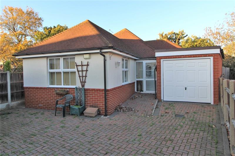 Briarwood Drive, Leigh-On-Sea, Essex, SS9
