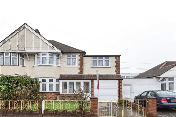 Hammond Avenue, Mitcham, Surrey, CR4