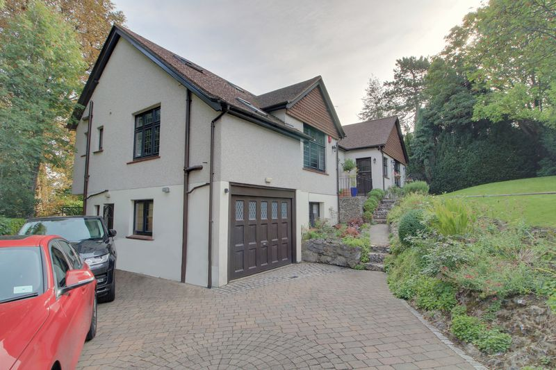 Grovelands Road, West Purley