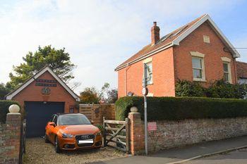 Baytree Cottage, Brent Street