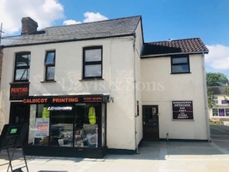 Chepstow Road, Caldicot, Monmouth. NP26 4HY