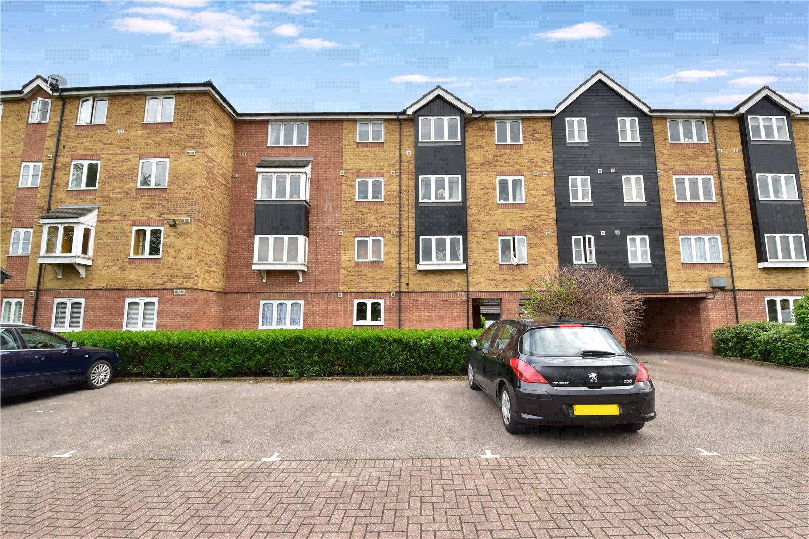Dunlop Close, Dartford, Kent, DA1