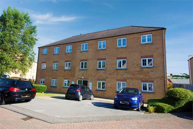 Broadlands View, Pudsey, West Yorkshire