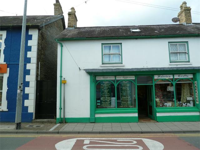 9, Sycamore Street, Newcastle Emlyn, Carmarthenshire