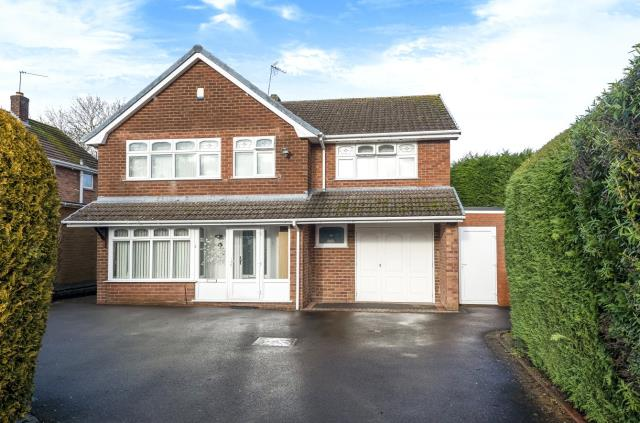 Carlton Avenue, Pedmore, Stourbridge, DY9