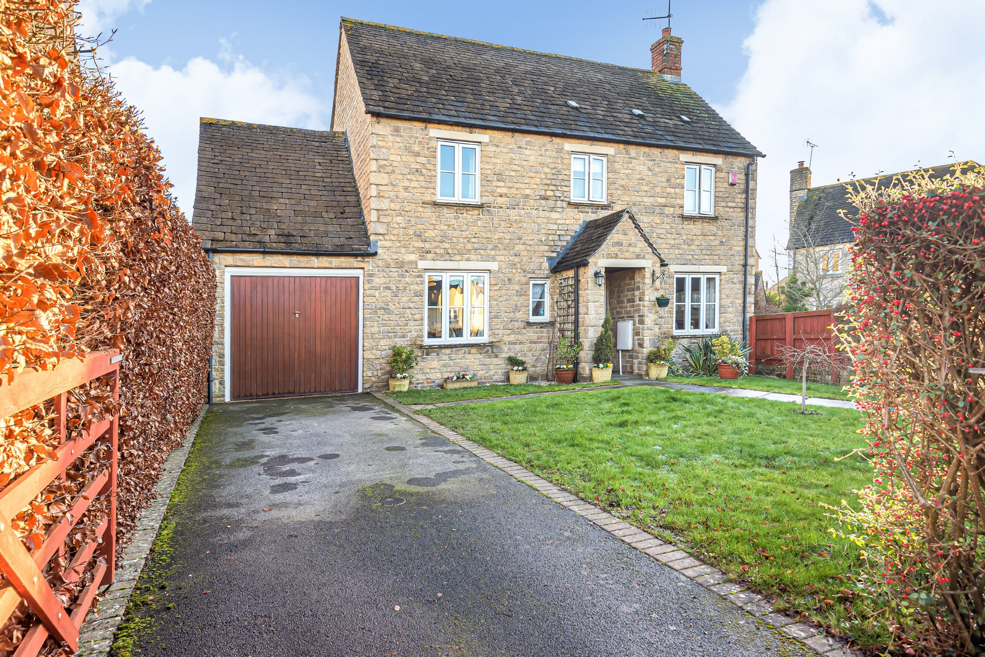 Century Close, Cirencester