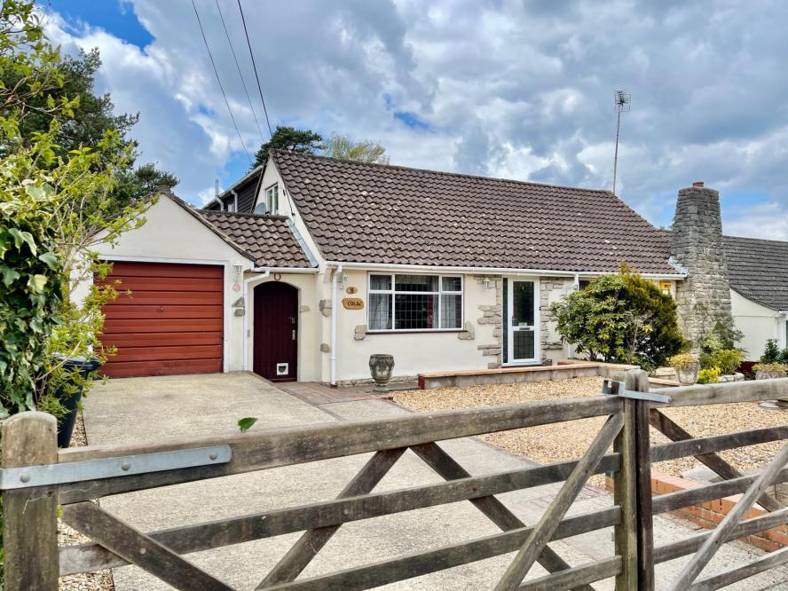 Woodlands Way, St Ives, Ringwood, BH24 2LL