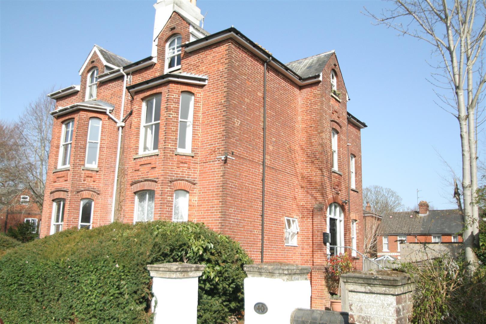 Manor Road, Salisbury