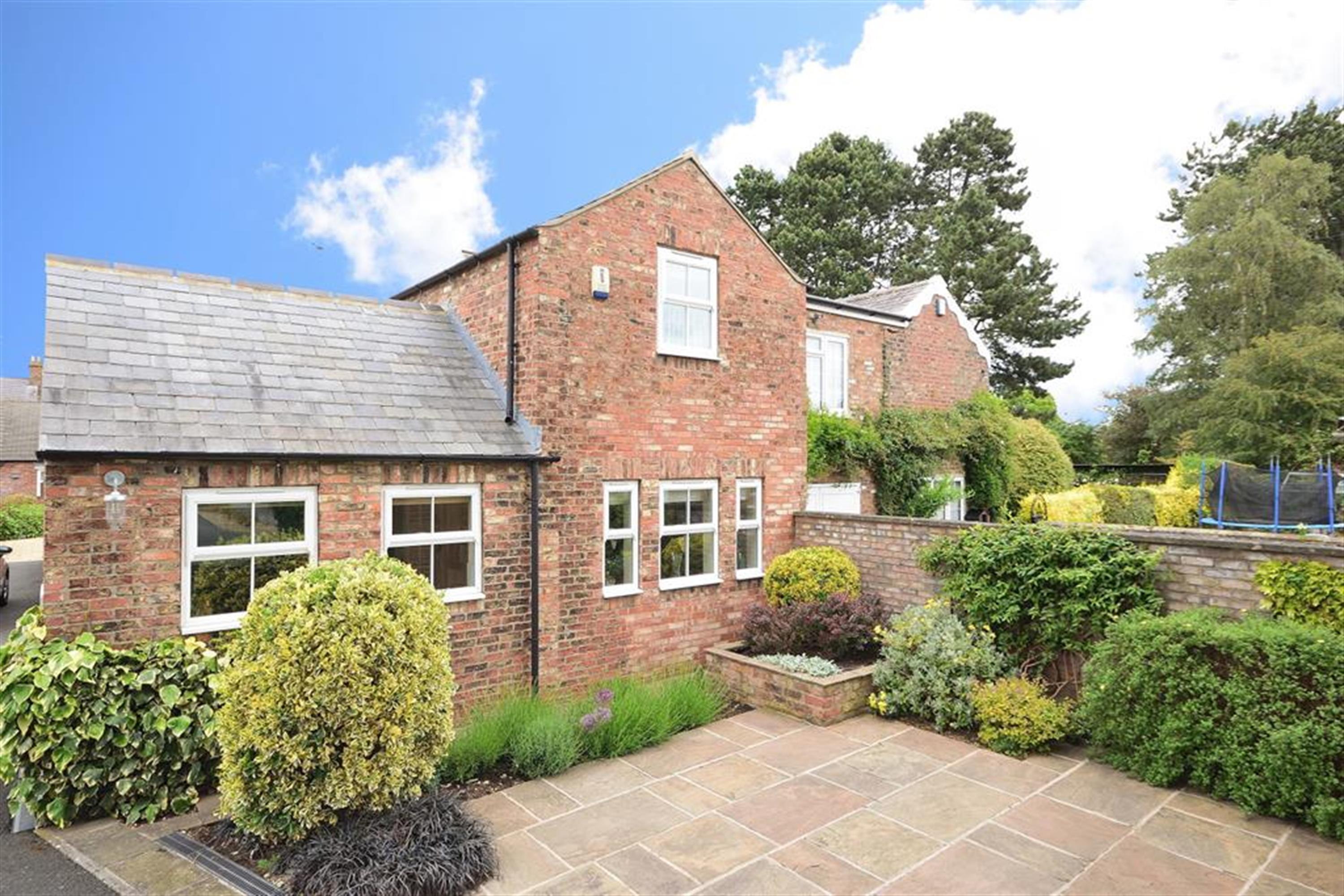 Southlands Court, Sowerby, Thirsk, YO7 1LA