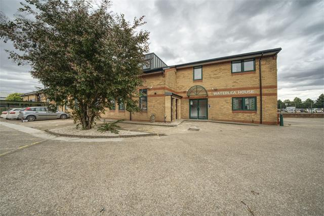 2-3 Soverign House Business Park, ENFIELD, Greater London
