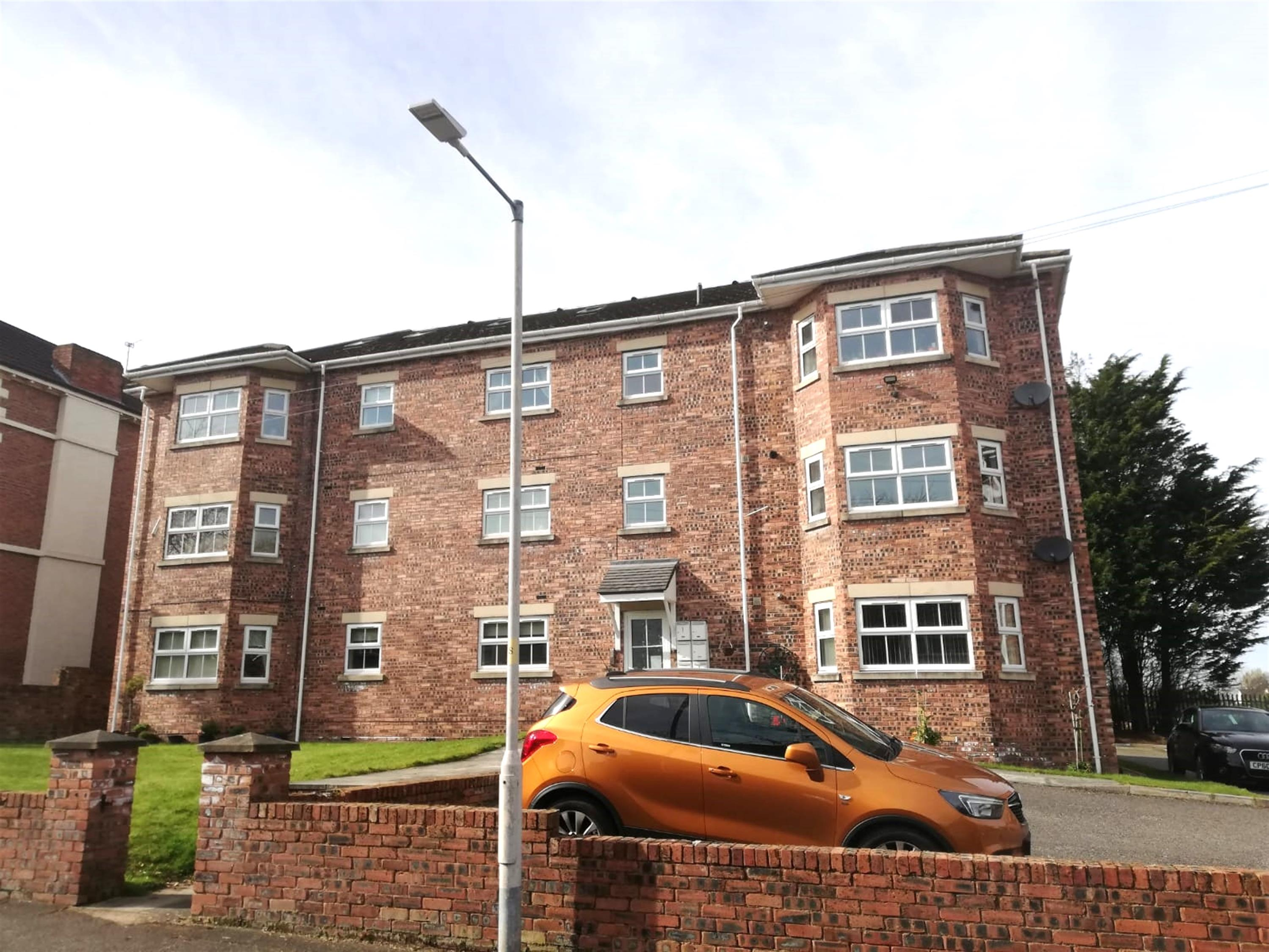 Thorburn Road, Wirral, CH62 1EW