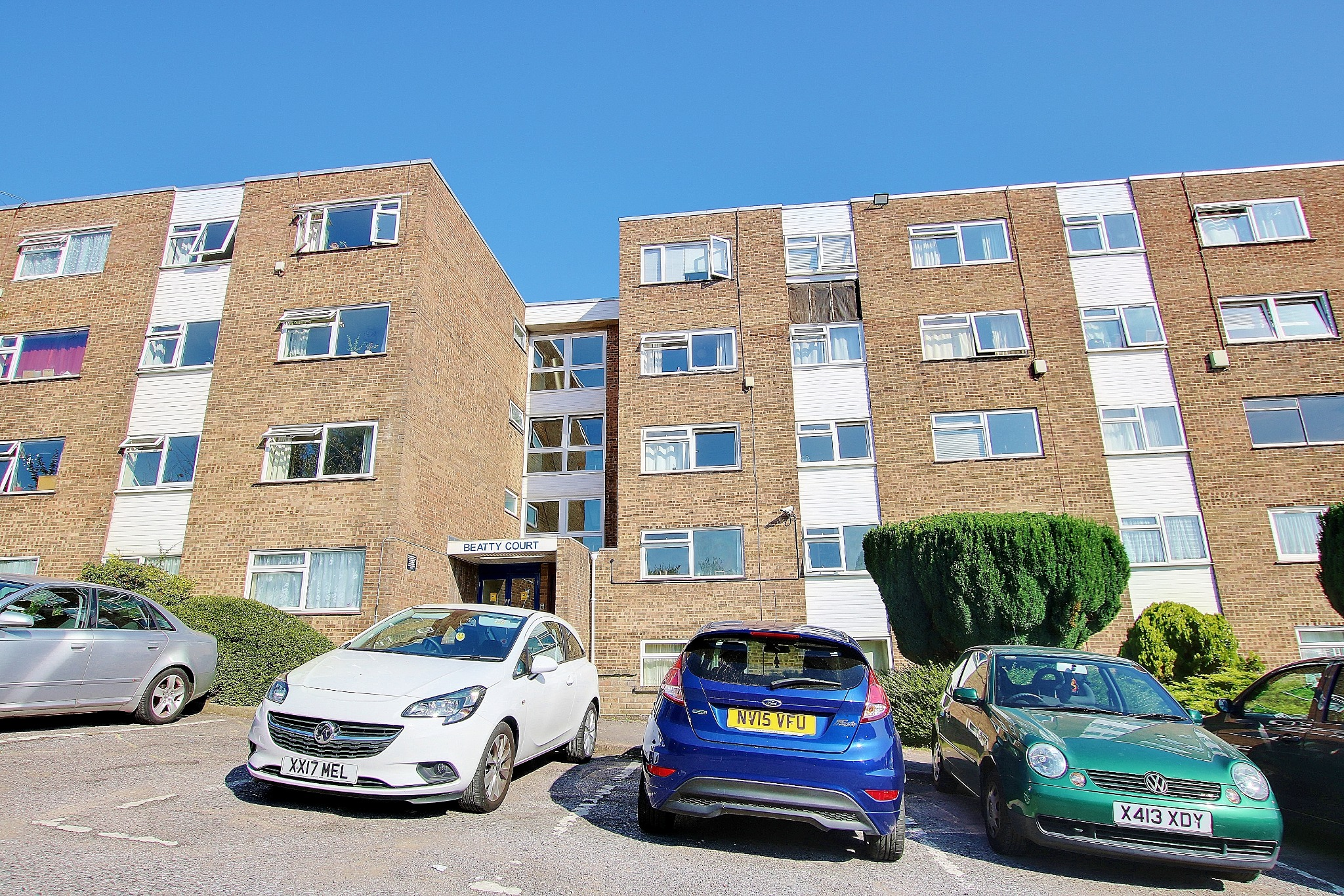 LONG LEASE! WELL PROPORTIONED FLAT! A MUST SEE!