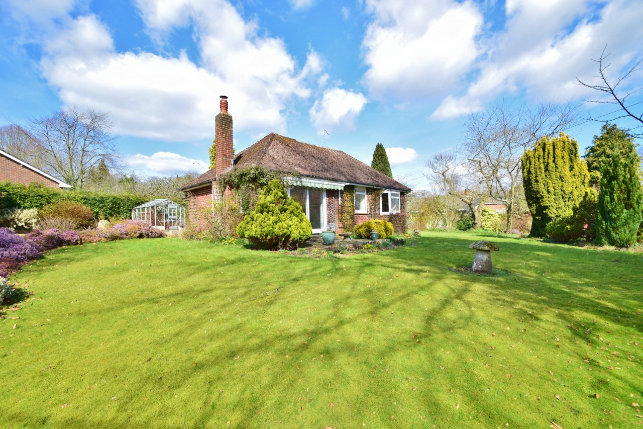 Hafod, 18 Dean Lane, Winchester, SO22 5LL