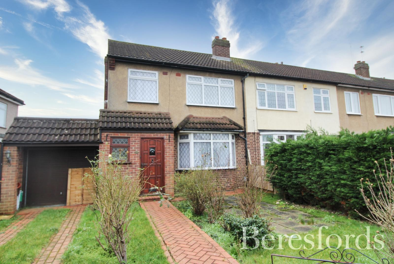 Isis Drive, Upminster, Essex, RM14