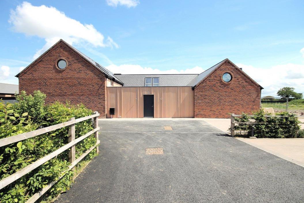 Drakelow Gorse Farm, Yatehouse Lane, Byley