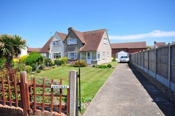 Sunnymere, Vicarage Lane, Walton-on-the-naze, Vicarage Lane, Walton-on-the-naze