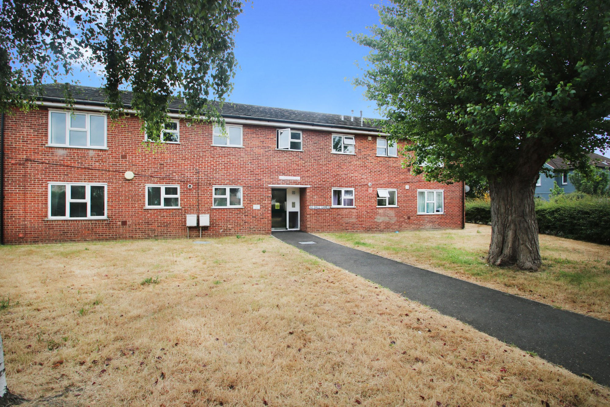 Milbourne Court, Middle Mead, Rochford
