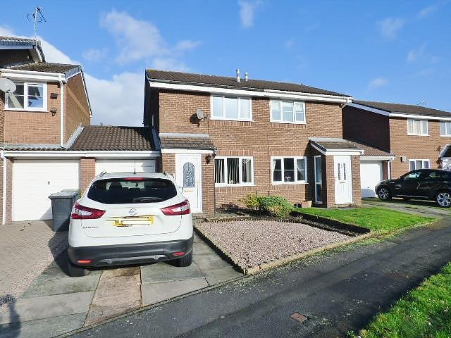 St Asaph Drive, Callands, Warrington, WA5