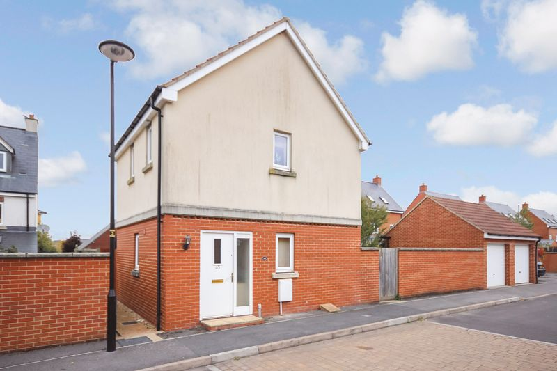Lanfranc Close, Salisbury, Sp4