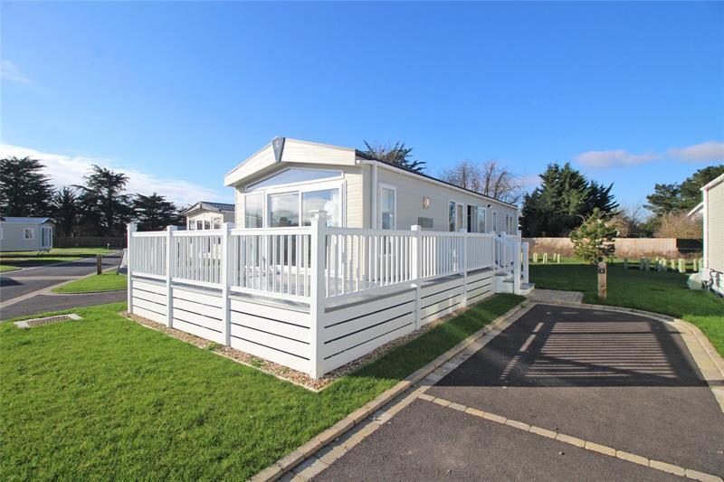 Hoburne Holiday Park, Hoburne Lane, Highcliffe, Dorset, BH23