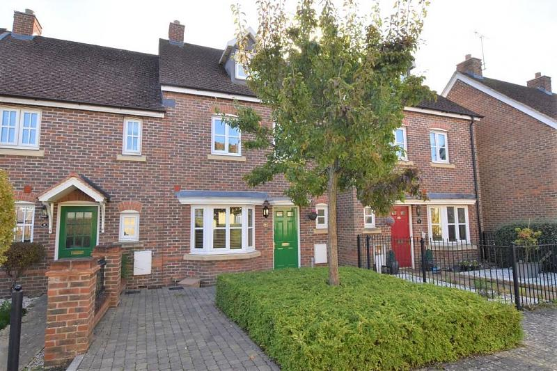 Acorn Gardens, Burghfield Common, Reading, RG7
