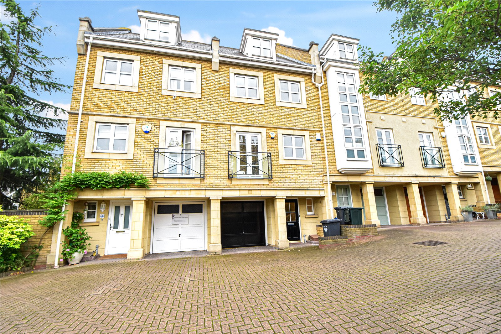 Kingfisher Drive, Greenhithe, Kent, DA9