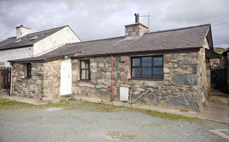 Clogwyn Melyn, Penygroes, North Wales