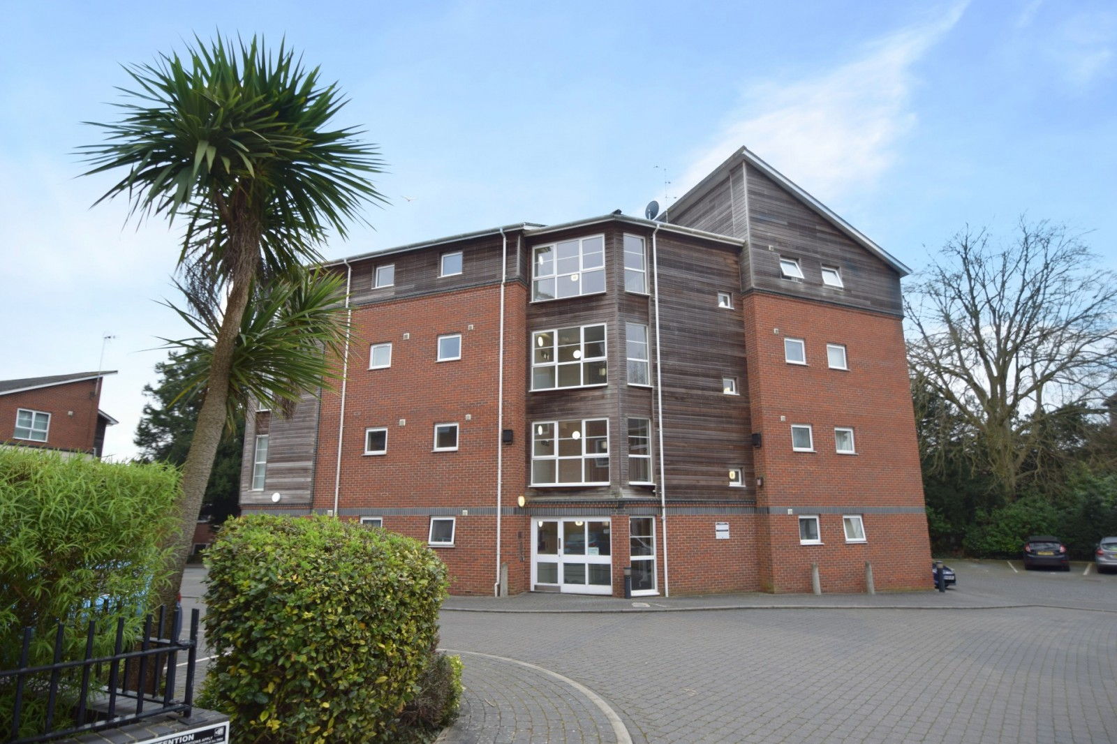 Flat 8 Sycamore House, Athelstan Road, Winchester SO23 7GA