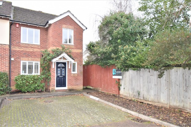 Rutland Close,  Ashtead, KT21