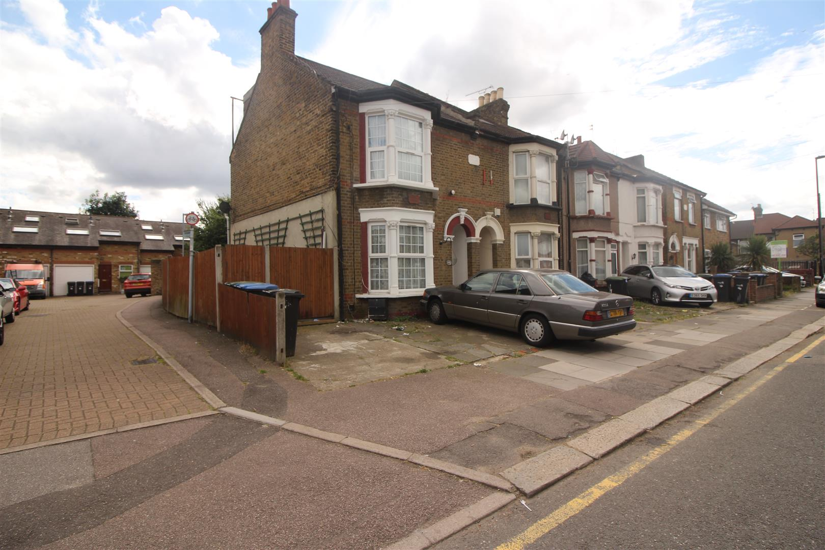 Durants Road, Enfield