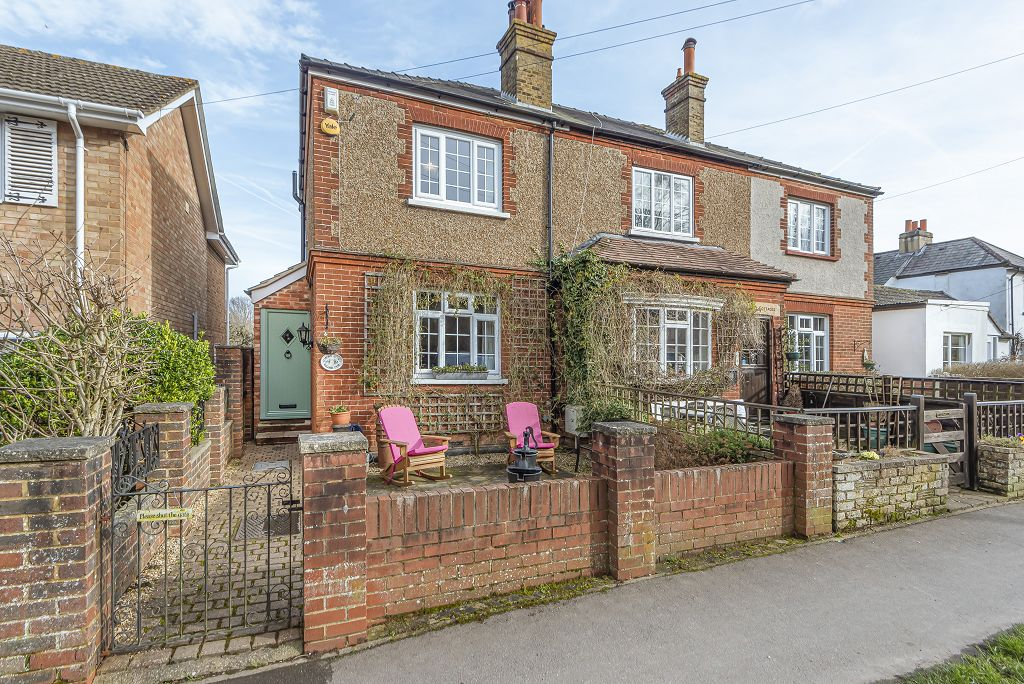 Willows Path, Epsom, KT18 7TD